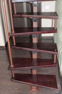 Межэтажная лестница изготовленная на заказ