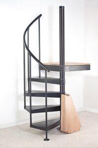 сборка винтовой лестницы ВИЗА